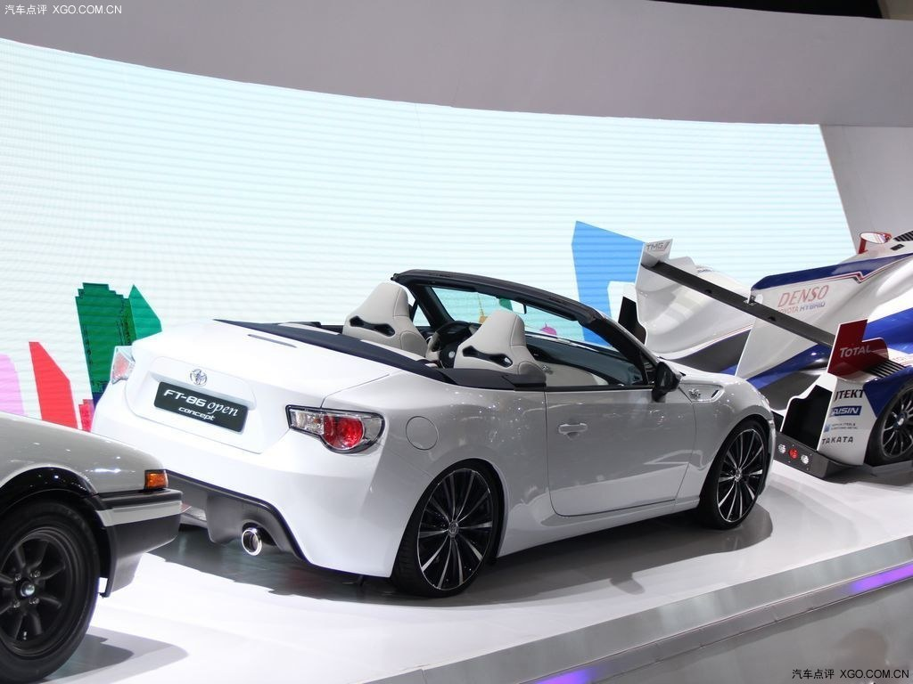 丰田敞篷_丰田86敞篷版概念车集成了全部鲜活的元素