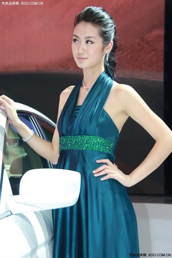 古装手绘绿衣女子性感