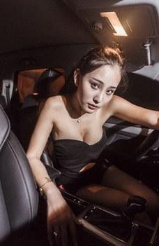 冷酷女神与荣威RX5的魅夜接触