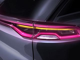 比亚迪全新SUV预告图 明年正式上市销售