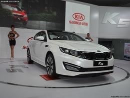 2011银川车展起亚K5